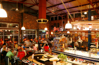 Picture 34° South - The Market in Knysna, Garden Route, Western Cape, South Africa
