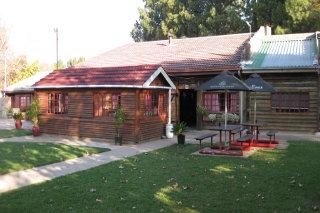 Picture Dean's Log Inn in Vereeniging, Sedibeng District, Gauteng, South Africa
