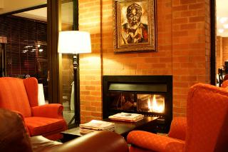 Picture Hemingway's Restaurant and Wine Cellar in Clubview, Centurion, Pretoria / Tshwane, Gauteng, South Africa