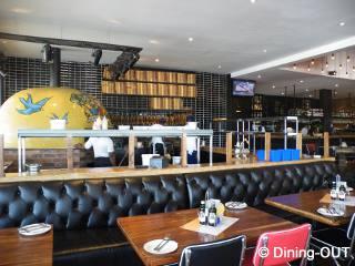 Picture Piza é Vino - Morningside in Morningside (JHB), Sandton, Johannesburg, Gauteng, South Africa