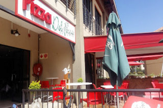 Picture Pizza Del Forno - Ruimsig in Ruimsig, Roodepoort, West Rand, Gauteng, South Africa