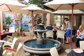 Picture Vini's Italian & Seafood Restaurant in Bedfordview, Ekurhuleni (East Rand), Gauteng, South Africa