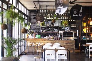 Hello! It�s me - Kitchen & Bar