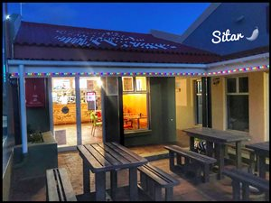 Betty's Bay Restaurants, Sitar