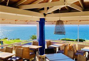 Mezz & Co - Mediterranean Eatery & Bar