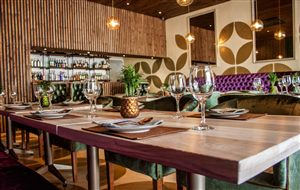 Fourways Restaurants, Thai Bar