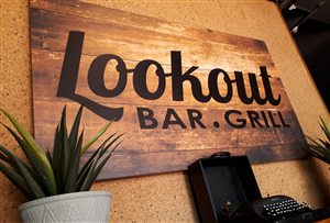 Lookout Bar & Grill
