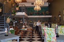 Isabella's Cake & Food Shop @ Willowbridge