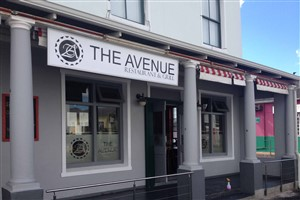 The Avenue Restaurant And Grill