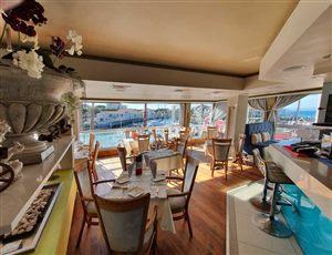 Mauro's Restaurant