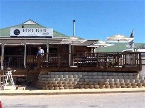 Foo Bar Caf�