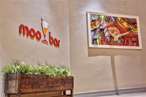 Moo Bar - Khoroni Hotel Casino