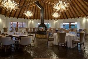 Syringa and Waterberg Restaurants @ Zebula Lodge