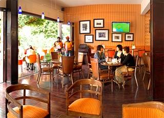 Greenside Cafe Hours