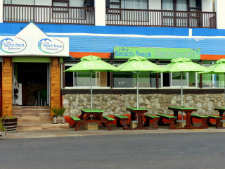 J-Bay Beach Break Restaurant