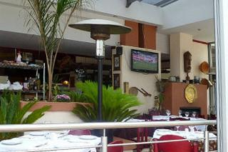Jose's Tavern & Oyster Bar
