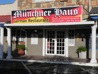 M�nchner Haus German Restaurant