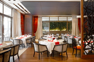 Sinatra�s Restaurant Pepperclub Hotel & Spa
