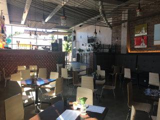 Stepbrothers Deli - Locanda - Bar