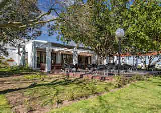 Swirl Restaurant - The Stellenbosch Vineyards