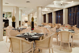 The Islands Restaurant at Protea Hotel President